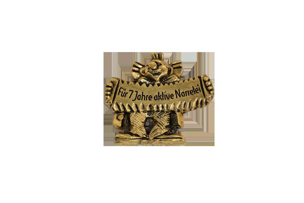 3D plastisch gegossen, in antik vergoldet